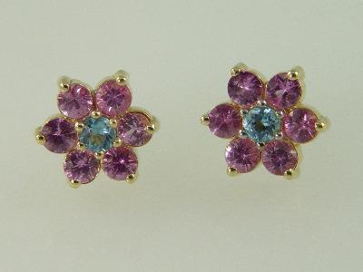 14KT Y/G Pink Sapphire 2.16ct Blue Topez 0.41ct Flower Design Stud