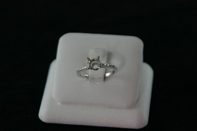 Semi -18KT White Gold Diamond Pave ' 0.25ct Mounting Ring