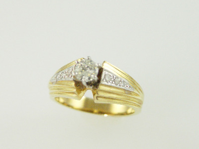 14KT Y/G Diamonds 0.20ct One Diamond 0.39ct H-SI2 Ring