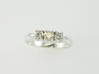 14KT Y/G Three Stone Diamond Ring 0.60ct I-J SI2-I1