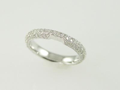 18kt White Gold Pave' Diamond 0.95Ct Band