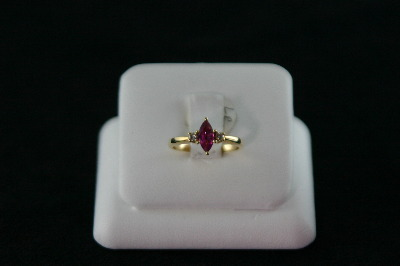 14KT Y/G Marquise Ruby 0.53ct Two Diamonds 0.08ct Ring