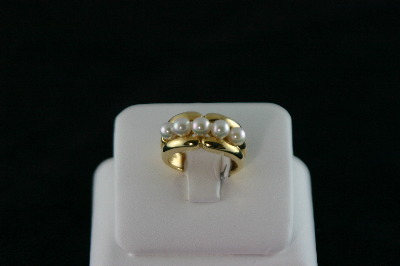 14KT Y/G Five Round Pearls 4,5mm Band
