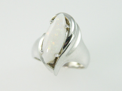 14KT White Gold Marquise Opal 1.84ct Ring