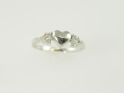 14KT White Gold Diamond 0.20ct Heart Ring