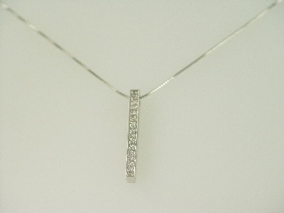 14KT White Gold Diamond 0.40ct Bar Pendant