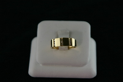 14KT Y/G Channel Set Diamond 0.20ct Band 6.4gr