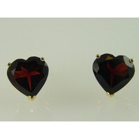 14KT Y/G Heart Garnet 7.90ct Stud
