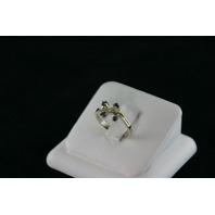 14KT White Gold Sapphire 0.30ct Leaf Design Ring 2.7gr