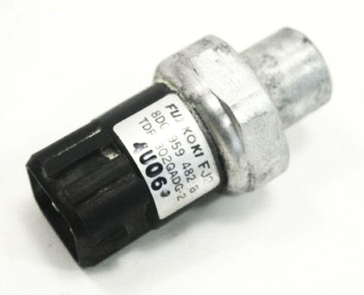 Air A//C Pressure Switch Sensor Plug Pigtail For VW Passat B5 AUDI A4 A6 A8 S4 S8