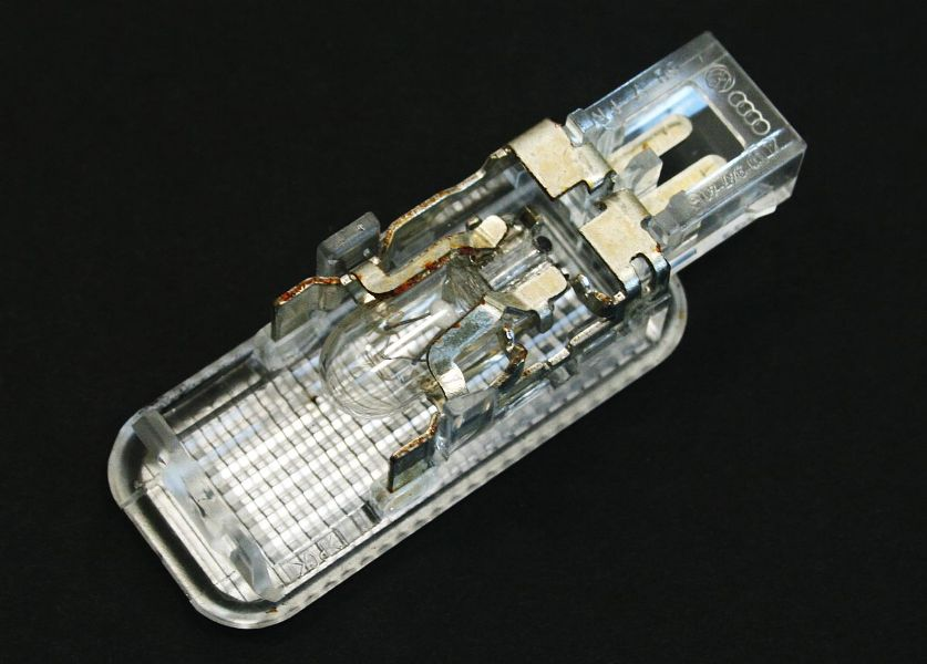 Audi A4 Glove Box Light Fuse : Door panel glovebox trunk dash light vw audi a jetta