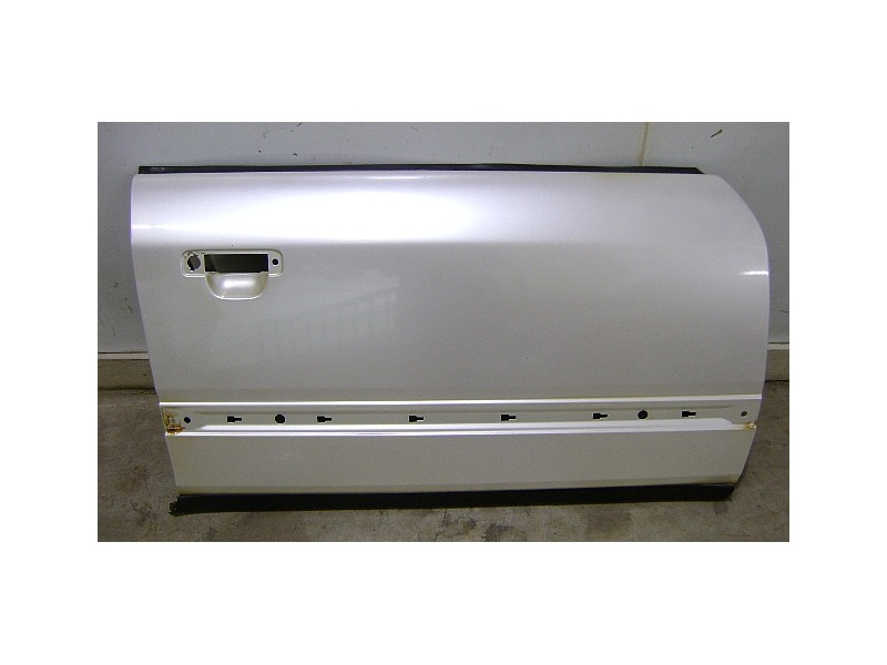 RH Front Door Shell Skin 90-97 Audi S4 S6 URS4 100 - L0A9 - Pearl White   CarParts4Sale, Inc.