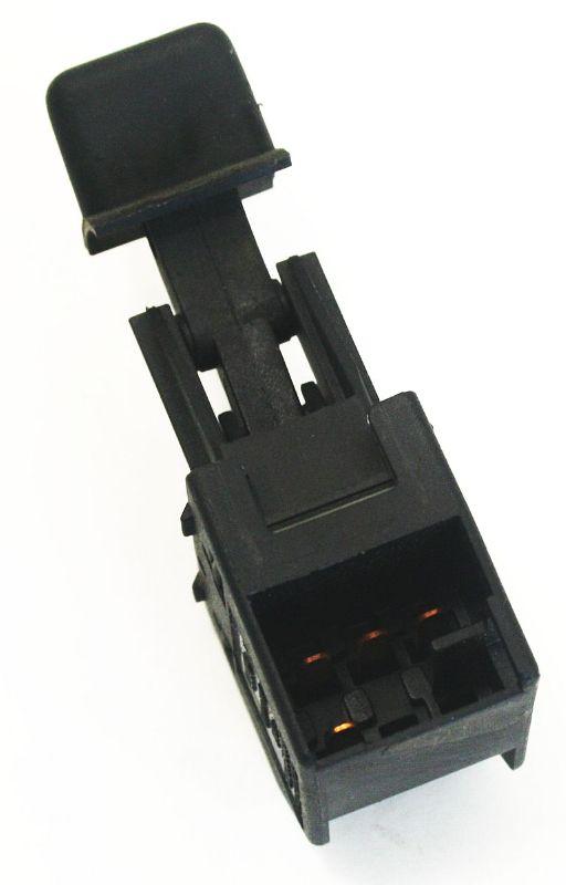 Power window switch driver passenger 00 06 audi tt mk1 for 2000 audi tt window motor