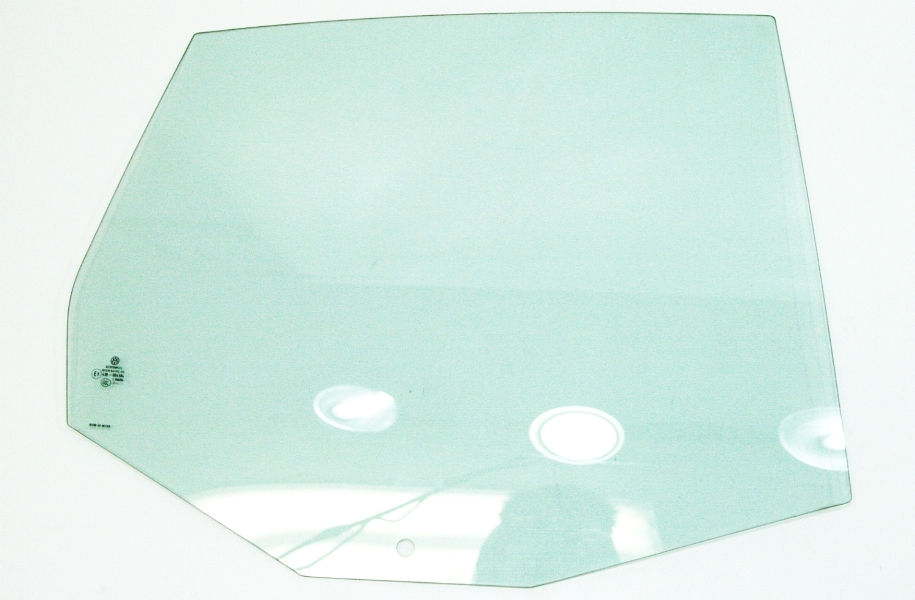Rh rear door window glass 05 10 vw jetta mk5 sedan for Back door with window that opens