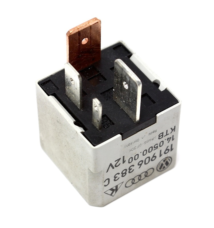 Tdi Ambient Air Temperature Sensor Location as well Showthread moreover Vw N75 Valve 1 8t Location additionally 2013 Vw Fuse Box Diagram further Mk4 Jetta Relay Location. on wiring diagram 2004 volkswagen golf