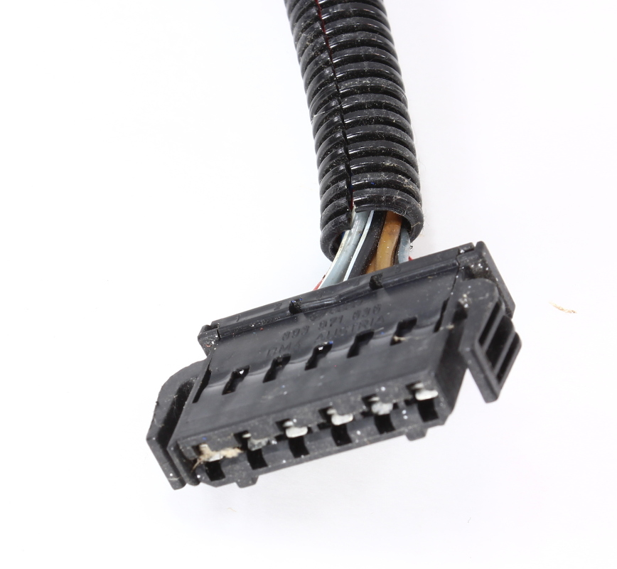 lh taillight wiring plug pigtail 96 01 audi a4 s4 b5 genuine. Black Bedroom Furniture Sets. Home Design Ideas