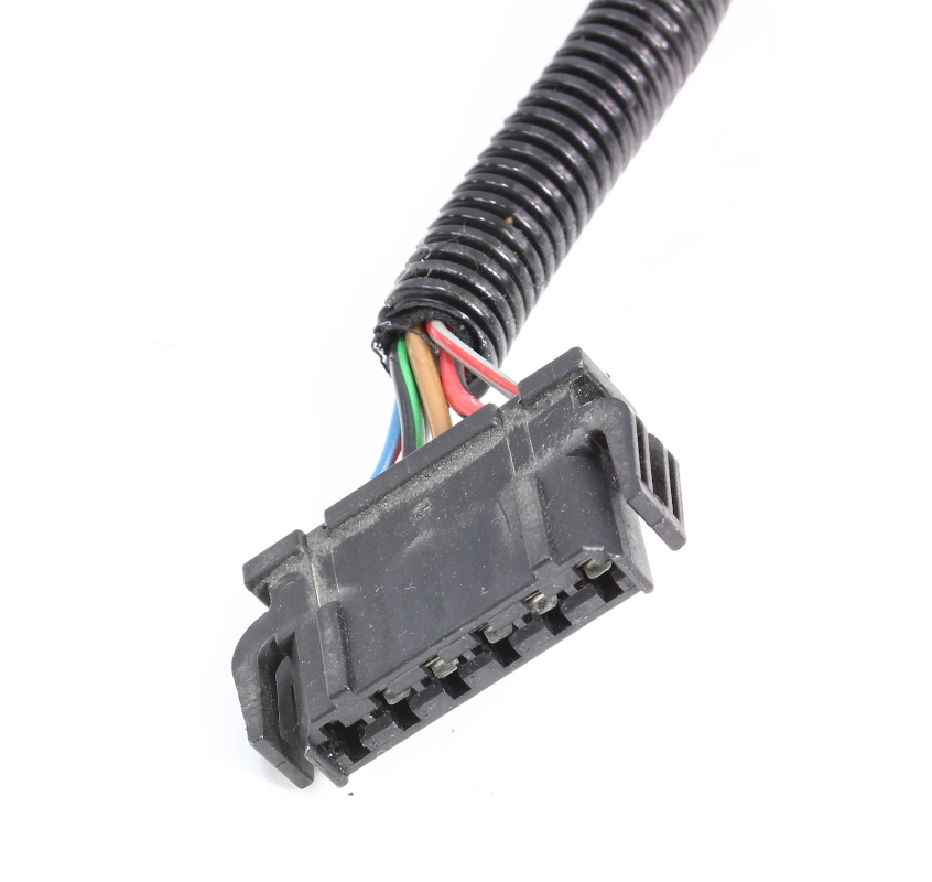 rh tail light lamp pigtail plug wiring harness 96 02. Black Bedroom Furniture Sets. Home Design Ideas