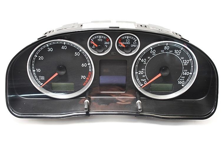 Gauge Instrument Cluster Speedometer 01-02 VW Passat B5.5 - 3B0 920 925 B