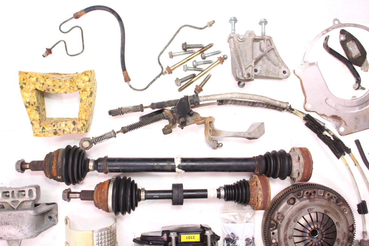 Cp Manual Transmission Swap Parts Kit Vw Jetta Golf Mk Beetle J Egt likewise Hqdefault moreover D C Bb F A F C C Beetle Convertible Baja Bug likewise Bugzilla Vw Bug With A Supercharged Ecotec Inline Four also Vw Beetle With A Subaru Ej. on vw beetle transmission swap