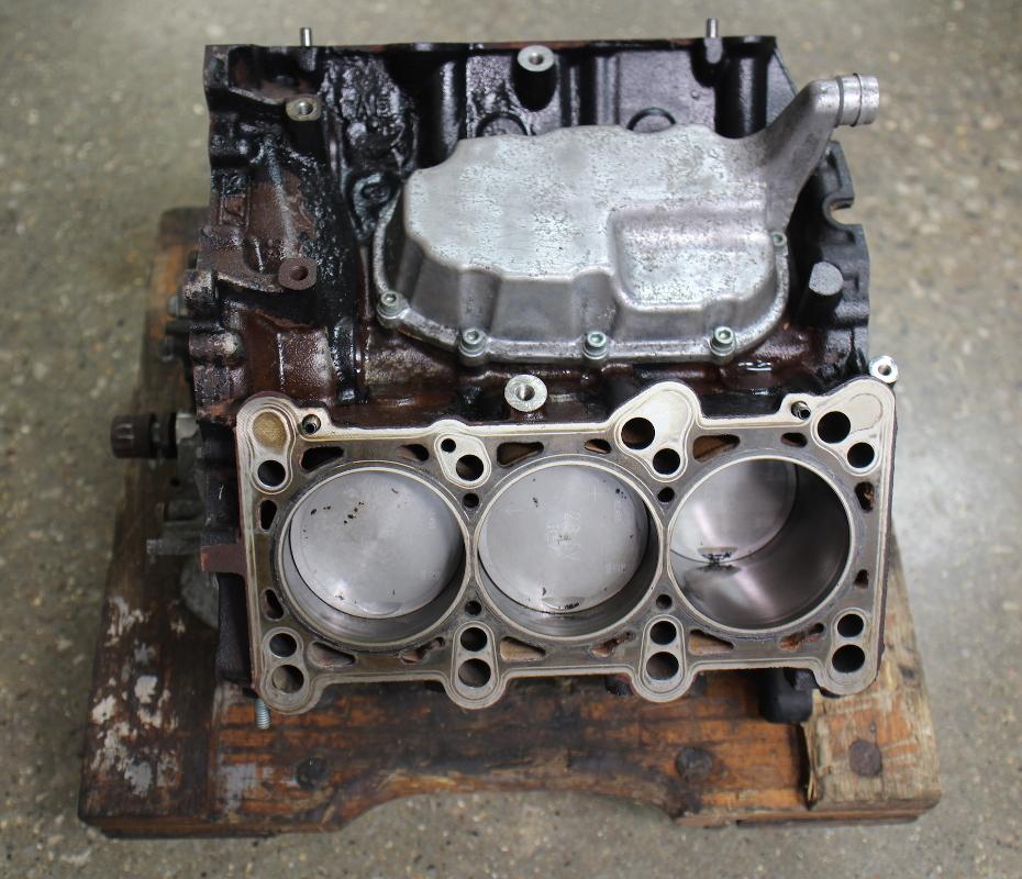 engine cylinder short block crank pistons   audi  vw passat    atq ebay