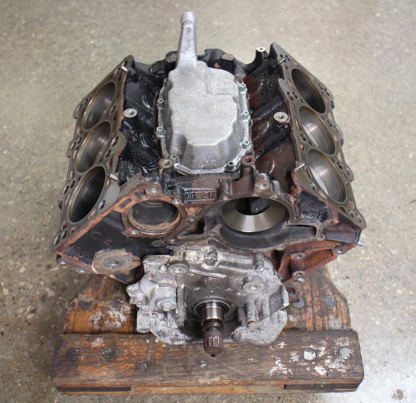 engine cylinder short block crank pistons 99 05 audi a4 vw. Black Bedroom Furniture Sets. Home Design Ideas