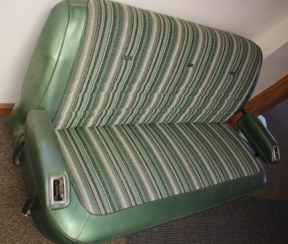 1976 Plymouth Voyager Middle Rear Bench Seat