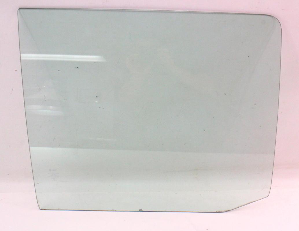 Rh rear exterior side door window glass 75 84vw rabbit for Back door with side window
