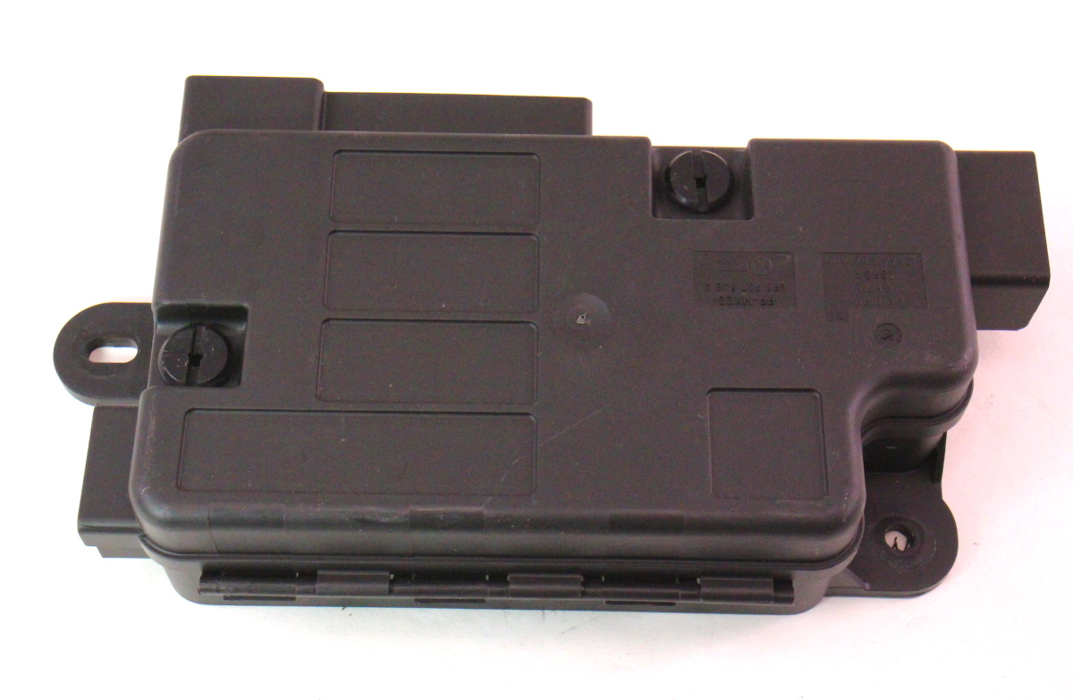 cp045761 battery overload trip switch fuse box 06 10 vw passat b6 8p0 937 548 a fuse box switch fuse box replacement switch \u2022 wiring diagram fuse box switch won't turn on at readyjetset.co