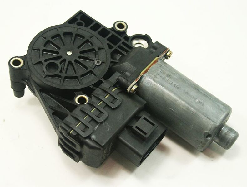 RH Front Power Window Motor 96-02 Audi A4 S4 B5 - Genuine