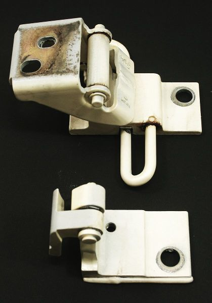 Driver Front Door Hinges Ly9g Casablanca White Audi A4