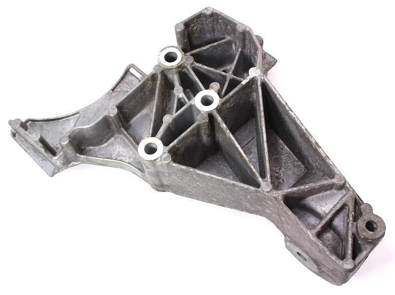 Front Motor Mount Fan Pulley Bracket 00-04 Audi A6 C5 - 4.2 V8 - 077 121 235 A