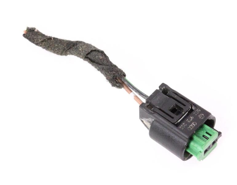Heated Washer Nozzle Pigtail Plug 05 10 Vw Jetta Rabbit