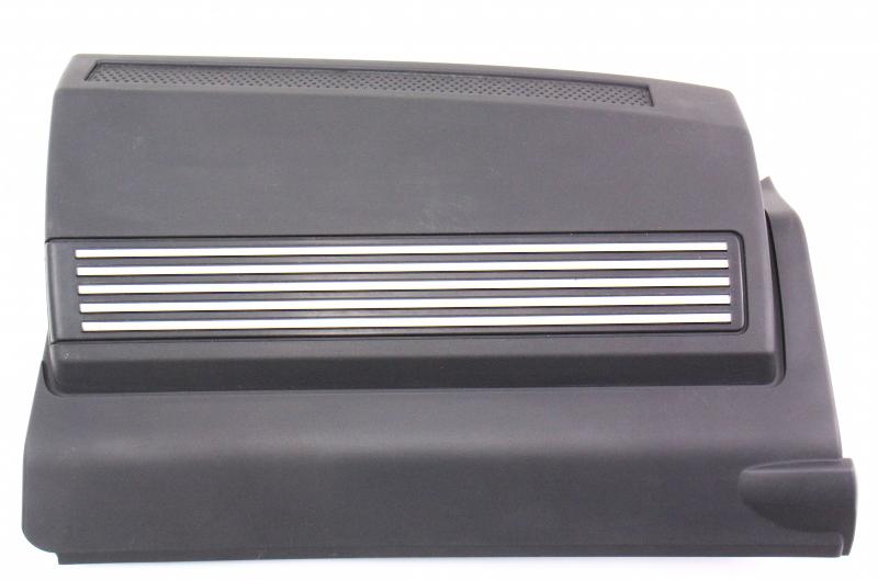 RH Engine Plastic Valve Cover 04-07 VW Touareg 4.2 V8 - 7L6 103 505 A