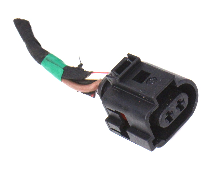 Headlight Washer Pump Plug Pigtail Connector 06