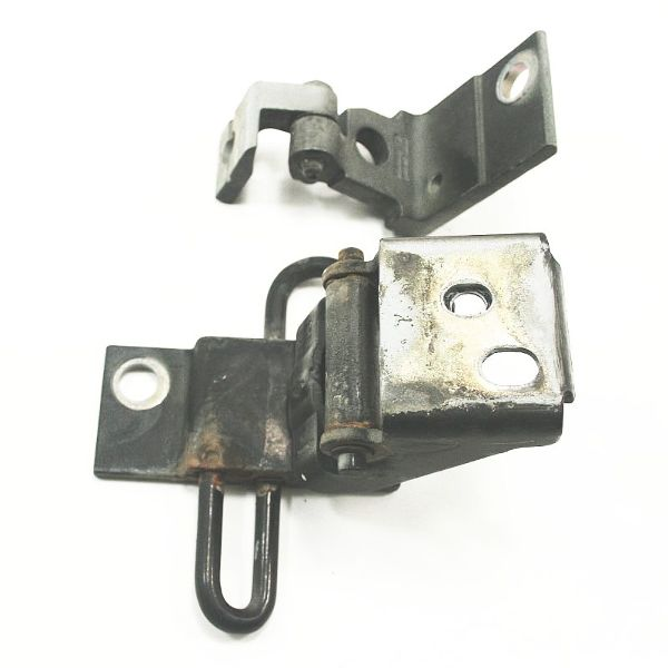 RH Front Door Hinges Black LY9B Audi A4 S4 96-01 B5 - 8D0 831 412 F