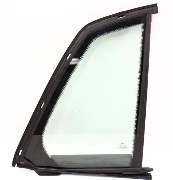 Rh Rear Small Quarter Door Side Window Glass 04