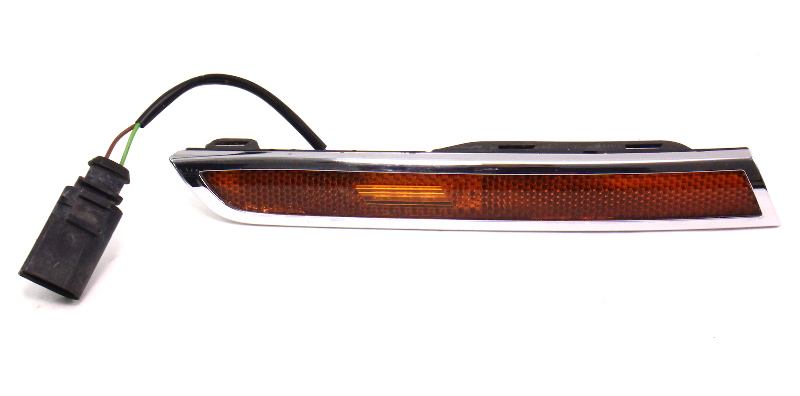 Rh Side Marker Bumper Light Lamp  U0026 Chrome Trim 04