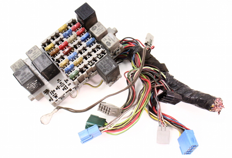 fuse relay box panel 81 84 vw jetta rabbit gti pickup mk1. Black Bedroom Furniture Sets. Home Design Ideas