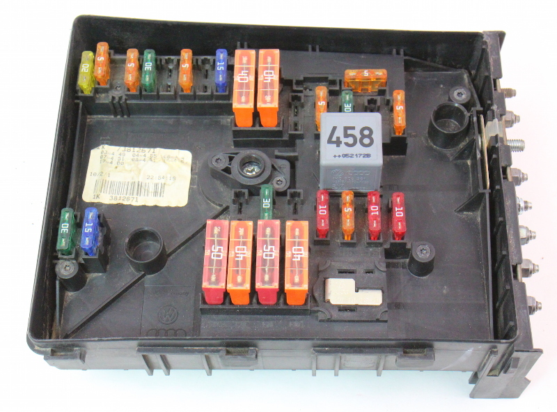 fuse relay block 2006 vw jetta mk5 tdi under hood engine. Black Bedroom Furniture Sets. Home Design Ideas