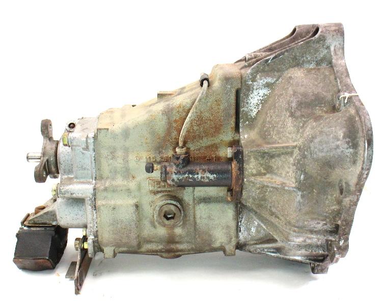 4 Speed Manual Transmission Mercedes W1115 W123 240d 716