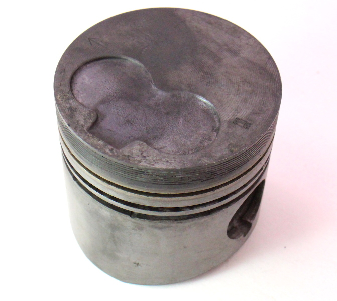 1.6 Diesel Piston 81-84 VW Rabbit Jetta Pickup MK1 Genuine ~ 76.48