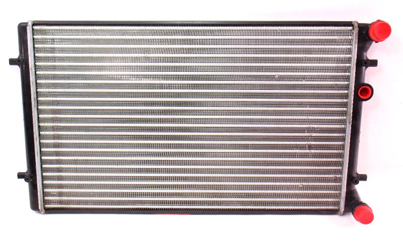 radiator 1 8t 2 0 2 8 1 9 tdi 00 05 vw jetta golf mk4 carparts4sale inc. Black Bedroom Furniture Sets. Home Design Ideas