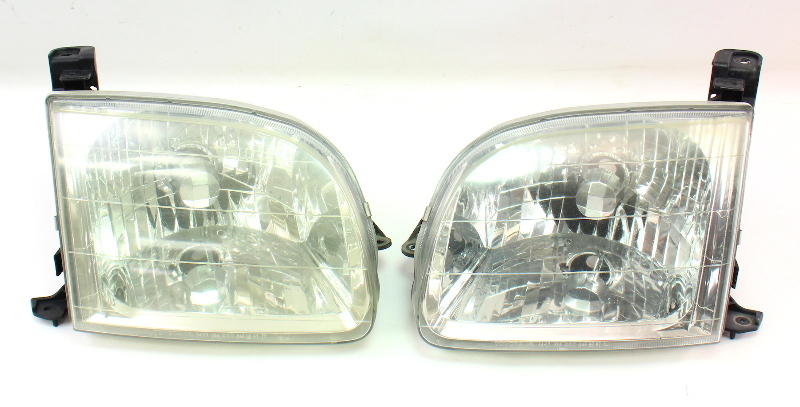 Cp Headlight Lamp Pair Toyota Tundra Genuine
