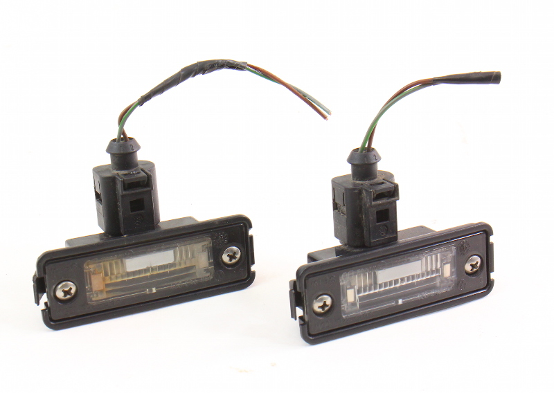 License Plate Light Lens Lamps 99-05 VW Golf GTI MK4 - Genuine - 1J6 943 021 B