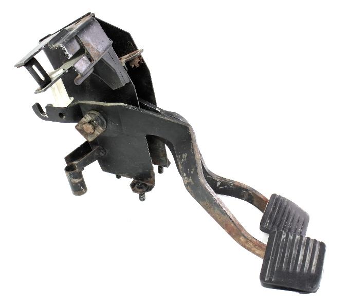 brake clutch pedal cluster assembly   vw jetta rabbit gti pickup mk carpartssale
