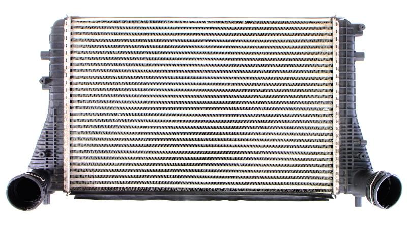 BEHR Intercooler 2.0T BPY 06-10 VW Jetta GTI Mk5 Eos Audi A3 TT ~ 1K0 145 803 A