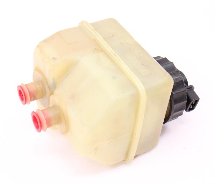 Brake Master Cylinder Reservoir Tank VW Jetta Golf Cabriolet Scirocco MK1 MK2 -