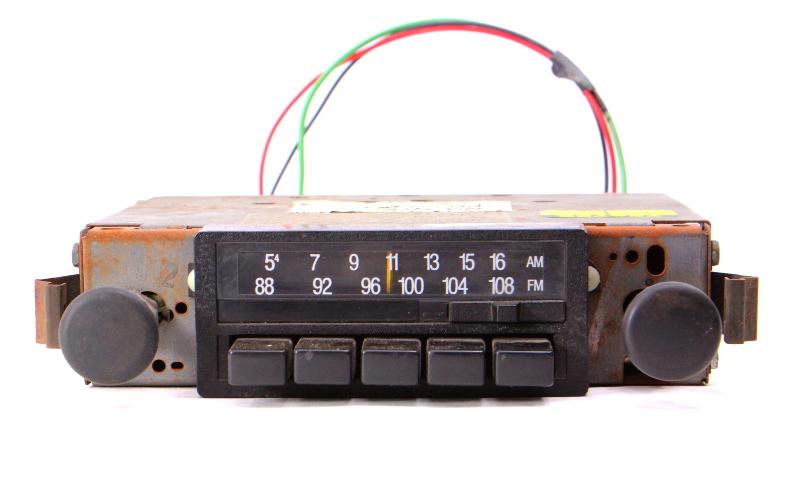 Stock Radio 81-84 VW Rabbit GTI PIckup MK1 - Genuine - 175 035 155 A