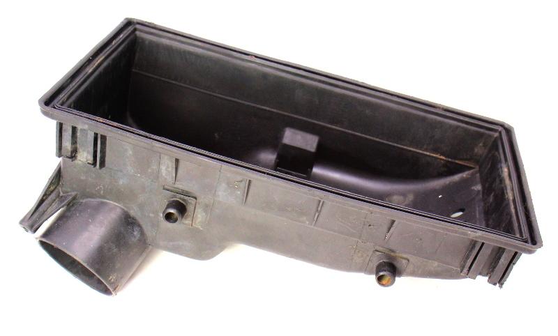 Air Box Air Intake Cleaner 83-84 VW Jetta Rabbit GTI GLI Mk1 1.8L ~ 049 133 843