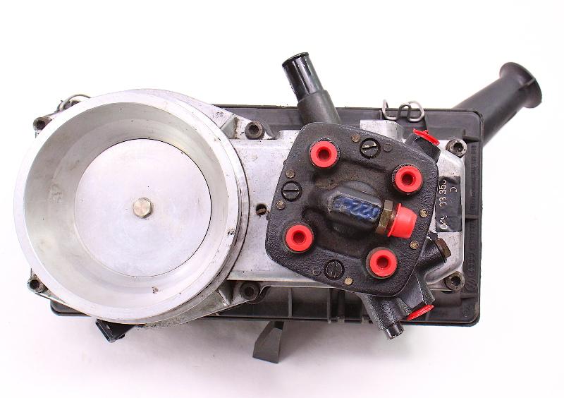 Air Intake Fuel Distributor 75-79 Audi Fox 1.6 Gas  - Genuine - 0 438 120 008